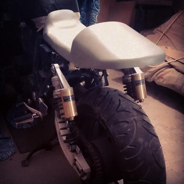 Motorrad Heckumbau glatte oberfläche