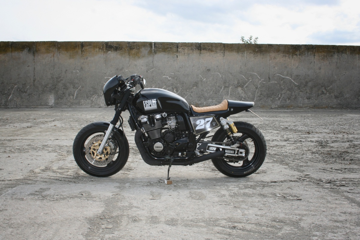 Cafe Racer Street Tracker