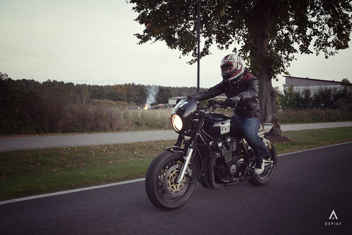 Daniel-Schuh-motorrad-designer-xjr