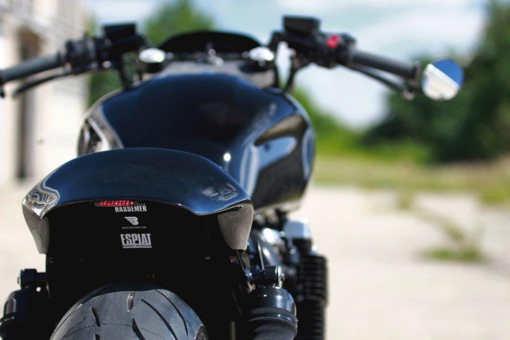 espiat-custom-xjr-daniel-schuh-dragster-cafe-racer-11