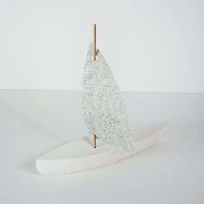 Deko segelboot weiß keramik