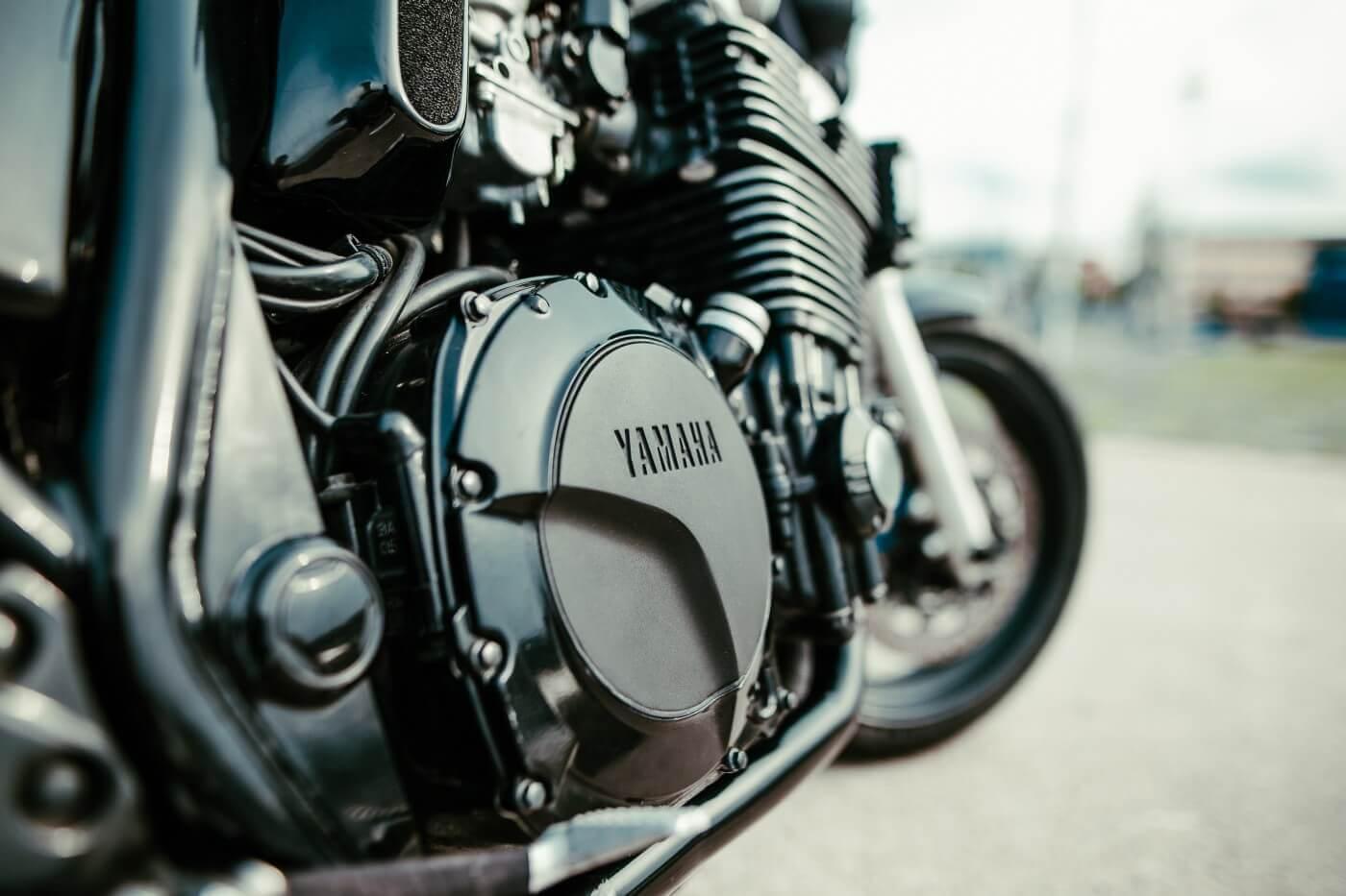 xjr 1300 schwarz