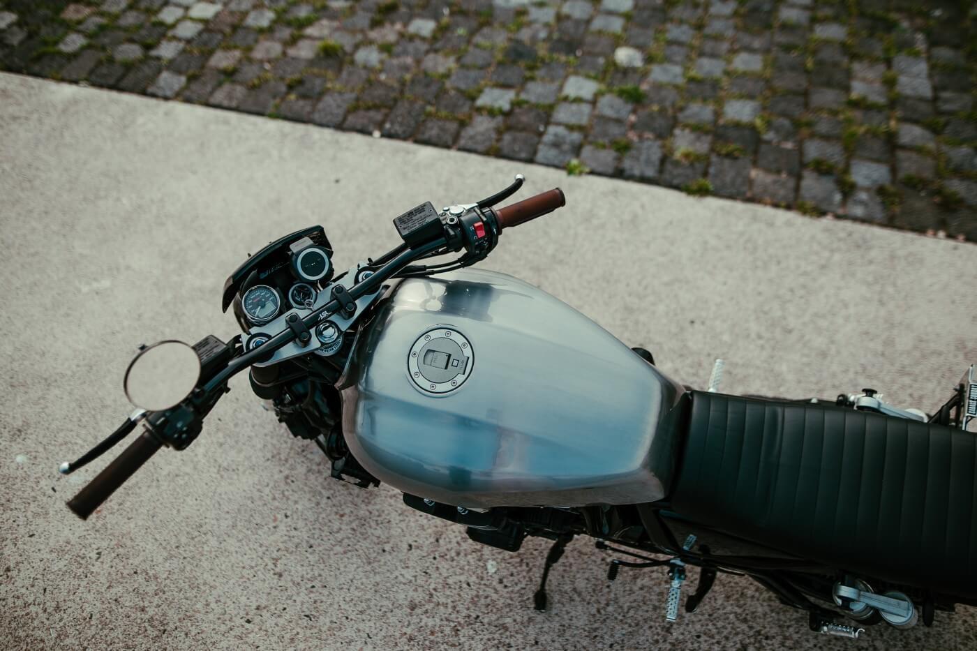 xjr-1300-caferace-bratr-street-flat-track-027